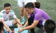 HLV Minh 'khoáy': Từ sân chơi chuyên nghiệp đến giấc mơ ươm mầm tài năng futsal