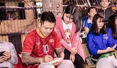 Tuấn Hưng và HAT FC mang niềm vui cho sinh viên ĐH Công Đoàn