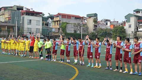 Kỳ 1: Sân Long Biên, thánh địa của bóng đá phủi Hà Nội