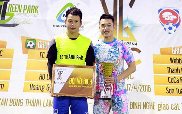 """Tuấn """"bệu"""" ghi 5 bàn vào lưới FC 8X, Thành Phát vô địch Bắc Giang Open 2016"""