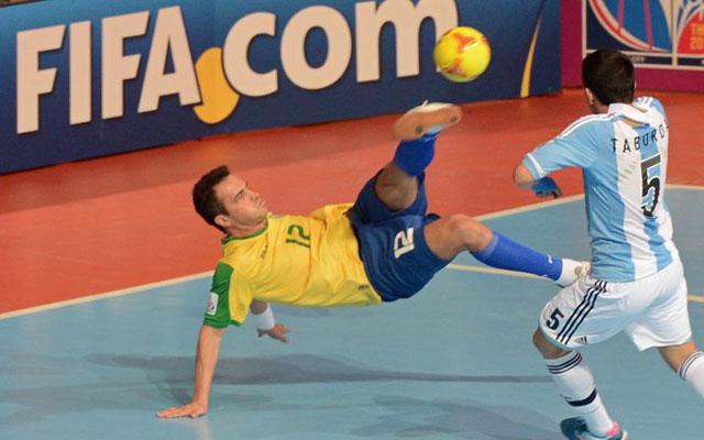 """Những pha bóng đẳng cấp nhất của """"ông Vua futsal"""" Falcao"""