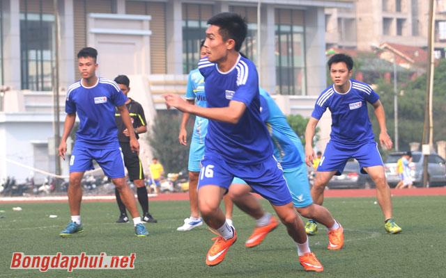 Đội hình tuổi Quý Dậu của bóng đá phủi Hà thành