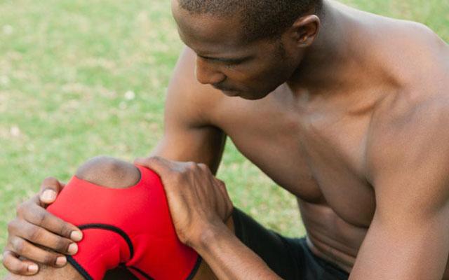 Tập luyện thế nào sau phẫu thuật chấn thương dây chằng chéo trước?