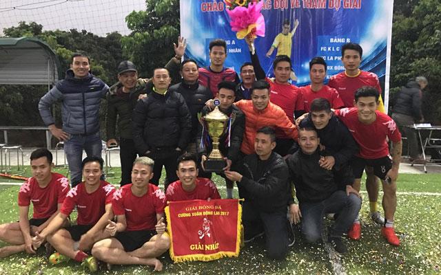 """Văn """"vớ vẩn"""" giúp FC KLC vô địch giải Cường Xuân Đông Lao 2017"""