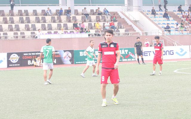 Khai mạc giải Mikado Hà Nội Champions League 2017: ĐKVĐ Top Group thắng nhọc nhằn