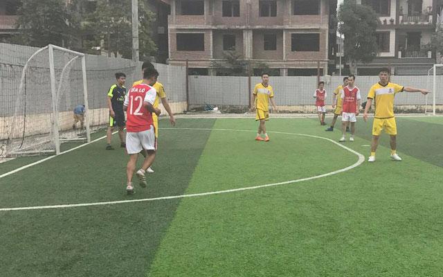 Lượt 2 giải bóng đá Yên Xá lần thứ 1: Hấp dẫn