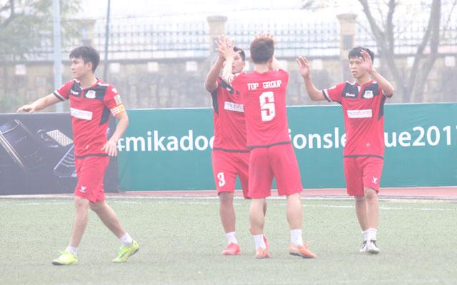 Đội hình tiêu biểu vòng 1 giải Mikado Hà Nội Champions League 2017: Không có trung phong đích thực