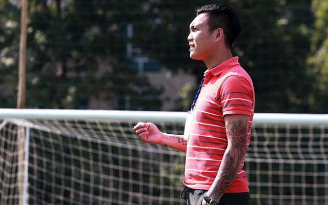 """Tuấn """"Hòa Bình"""", cựu tuyển thủ quốc gia trở thành nhà cầm quân mát tay trên sân phủi"""