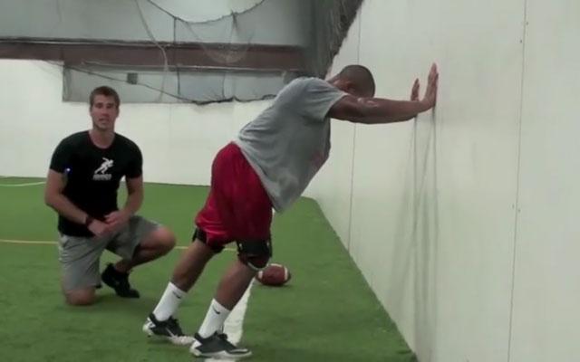 Huấn luyện cầu thủ bứt tốc độ