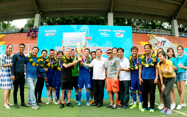 Đài truyền hình TP.HCM vô địch Giải bóng đá HTV & những người bạn cúp Wiko 2017