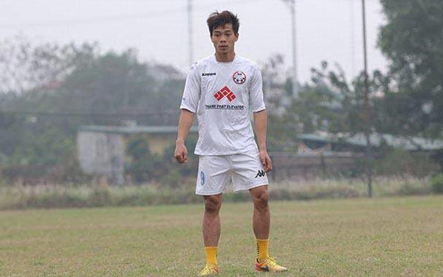"""Mạnh """"con"""" (Hà Tây FC) bị chấn thương nhưng không nghiêm trọng"""