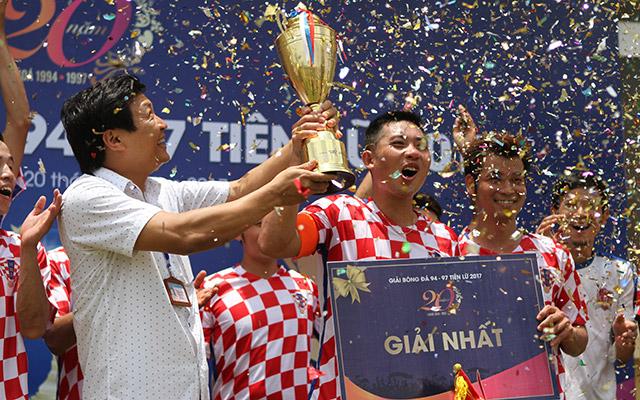 FC Tiên Lữ vô địch giải bóng đá 94-97 Tiên Lữ 2017