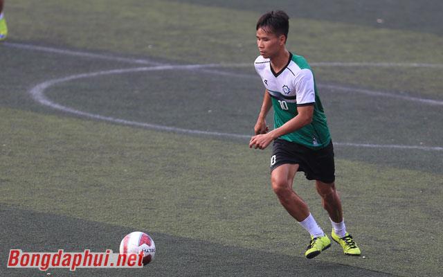 Văn Dũng: Cánh chim lạ trong đội hình FC Khương Thượng