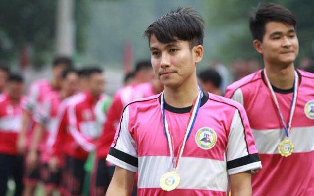 Tùng Milan khoác áo FC Tuấn Sơn tại giải bóng đá phong trào hạng Nhất - Cúp Saigon Special lần thứ 2 năm 2017