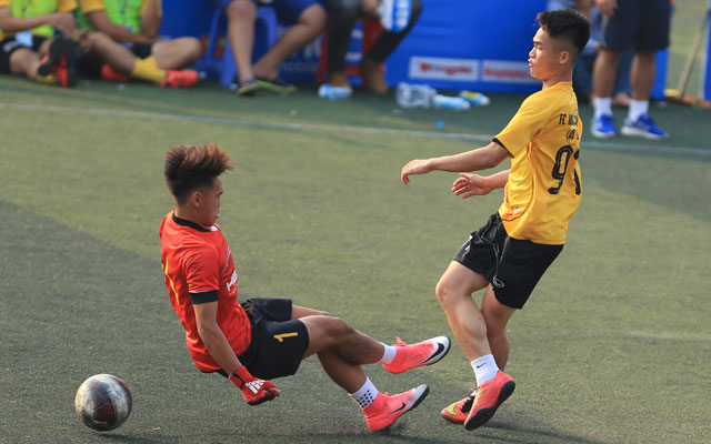 Highlight HBG 2-1 Khương Thượng (bảng B giải Moca - cúp Báo Bóng đá 2017)