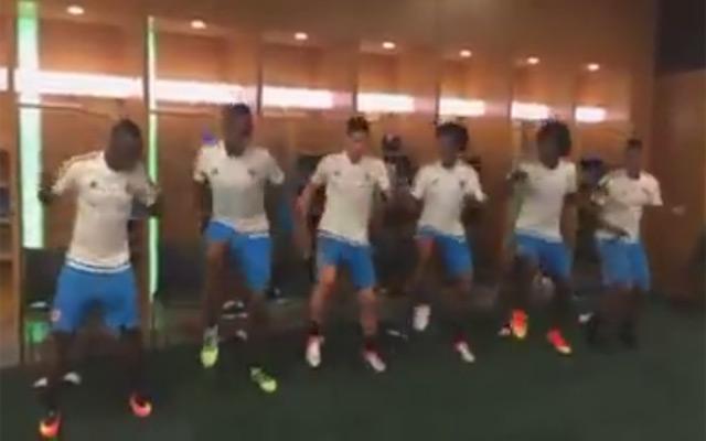 Điệu nhảy ăn mừng dẻo quẹo của James Rodriguez và các đồng đội