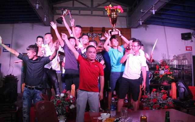 Ông bầu Trần Thanh Tuấn và tình yêu dành cho Lucky Thanh Hà FC