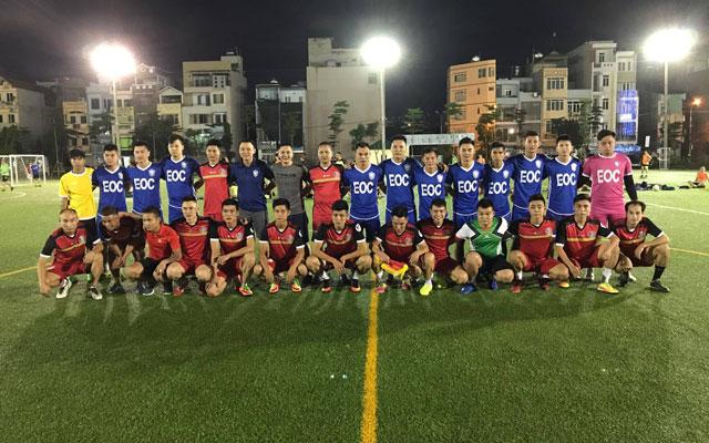 """Đá giao hữu với FC Hà Tây, EOC dù có Lương """"dị"""" vẫn thua 3-4"""