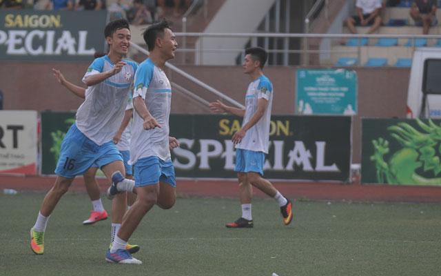 """Tùng """"búa tạ"""": """"Các cầu thủ Nguyễn Trãi chỉ muốn được đá HPL ngay lập tức"""""""