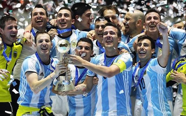 Trận chung kết futsal World Cup 2016 nghẹt thở giữa Argentina và Nga