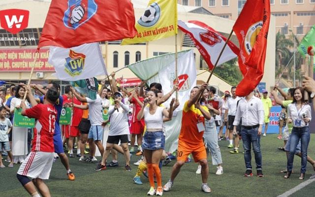 Khai mạc giải bóng đá PTTH Hà Nội khóa 94 - 97: Lễ hội của gia đình