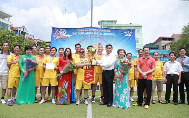 Đội Doctor 345 vô địch giải GSNEU Championship 2017
