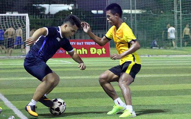 Hà Sơn Cup: V.V FC quá mạnh, Dana Ford chia điểm trận đầu