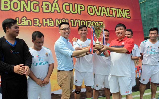 Đội Sale Hà Nội 1 vô địch Cúp Ovaltine Hà Nội 2017
