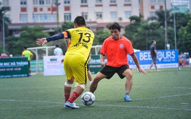 Vòng 1 Cúp Kết Nối 93-96: Bạch Mai, Phan Đình Phùng, Chu Văn An ra oai