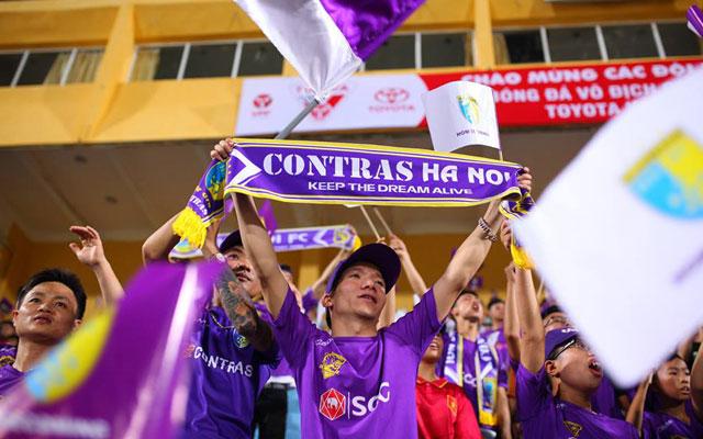 Hà Nội FC chào đón NHM tại sân Hàng Đẫy trong diện mạo mới