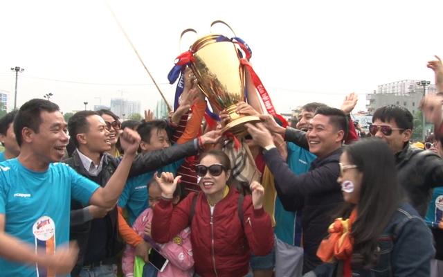 Đinh Trãi vô địch Cúp Hội ngộ 91-94