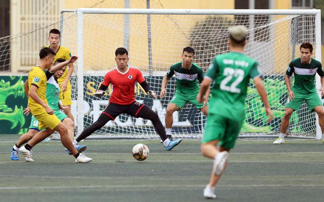 Thủ môn Sỹ Khang giành giải Cầu thủ ấn tượng nhất vòng 10 HPL-S5