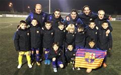 U11 Barcelona giao hữu với U11 Valencia trên sân 7 người