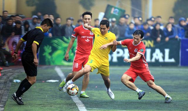 Giải bóng đá Các dòng họ Nghệ An: Nhiều sao phủi khét tiếng thành Vinh góp mặt