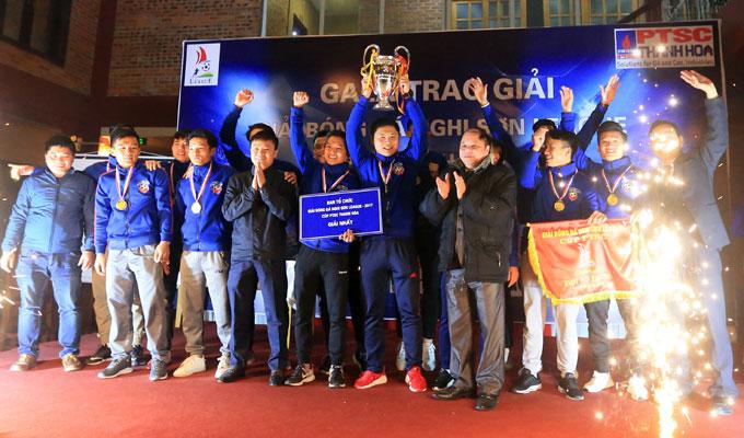 PTSC Thanh Hoá bảo vệ thành công chức vô địch