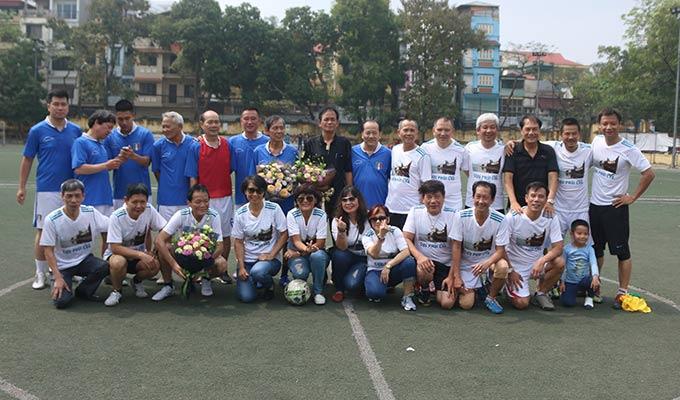 Giao lưu bóng đá Cựu phủi Chu Văn An - Gia đình cựu danh thủ Ba Đẻn - Cao Cường