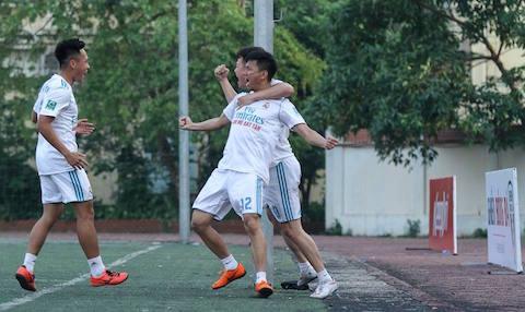 """Giải hạng Nhì Vietfootball 2018: Khi Hùng """"sư phạm"""" làm thơ!"""