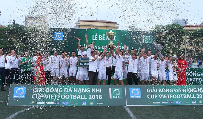 Bầu Huy 'cao tay', Mobifone đả bại UCE để vô địch giải hạng Nhì