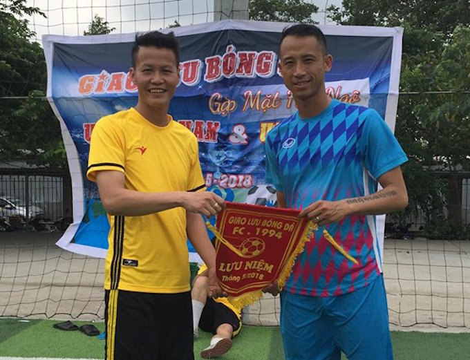Dàn sao cựu U19 Việt Nam khoe sắc cùng U19 SLNA