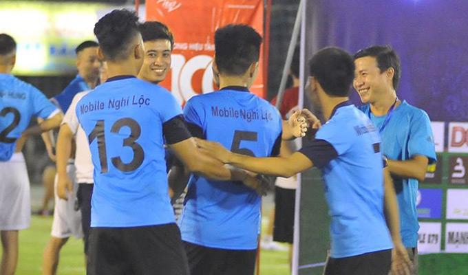 Nghi Lộc Mobile thắng đội vô địch, Đô Lương Mobile ngược dòng thành công