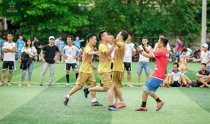 O30 NA Cup: Hoài Niệm Bia Tự Do thắng dễ ngày mở màn