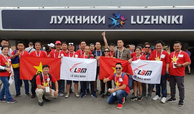 """Lê Bảo Minh """"bắt"""" nhân viên nghỉ sớm cổ vũ cho Olympic Việt Nam"""