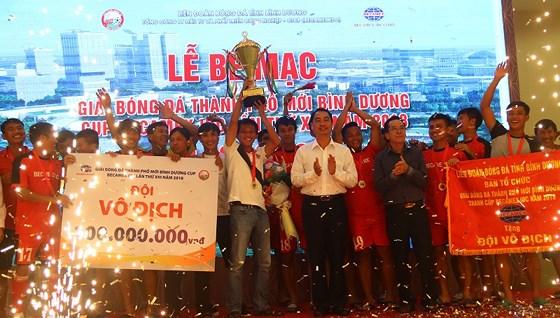 Bình Hòa TPK vô địch giải thành phố mới Bình Dương