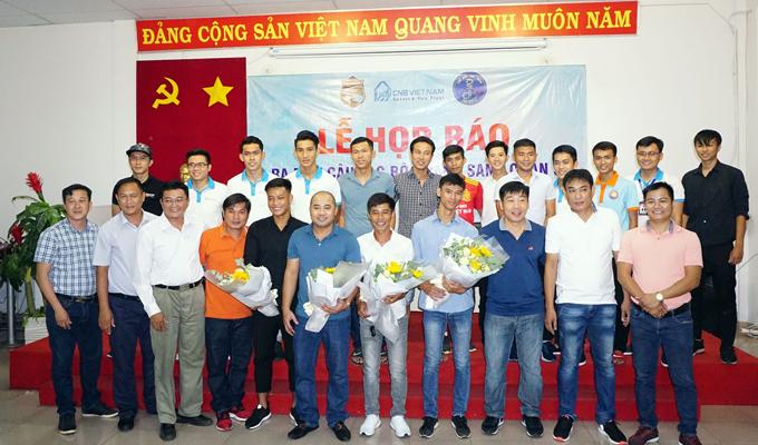 """Bầu Việt, bầu Thanh và bầu Thảo quyết cho Hoàng Sang quận 5 """"chơi lớn"""" tại giải hạng Ba"""