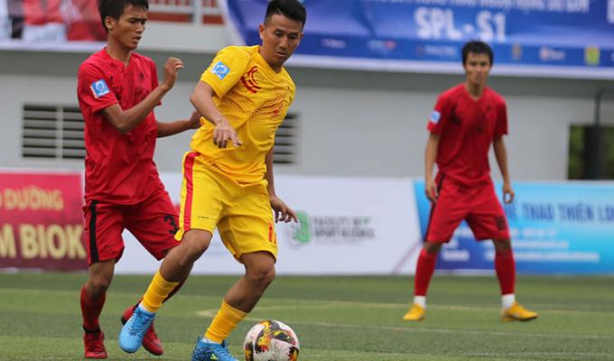 """Cầu thủ xuất sắc nhất SPL-S1: Không bầu Quang Tình, Tuấn Vinh, Sơn """"nhóc"""" và Việt """"cafu"""" là tội ác"""