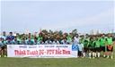 Các cựu tuyển thủ Việt Nam đá bóng từ thiện ở Nha Trang