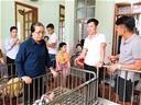 Giao hữu Sao SLNA - Hưng Phúc FC: Quà Trung thu sớm cho trẻ khuyết tật Trung tâm 19/3