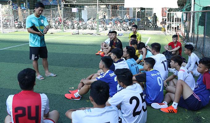 Sự phát triển mạnh mẽ của bóng đá học đường tại trường THPT Việt Nam - Ban Lan