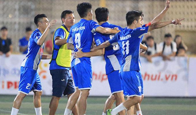 FC Tuấn Sơn: Cứ tiếp tục, hãy phất cao ngọn cờ