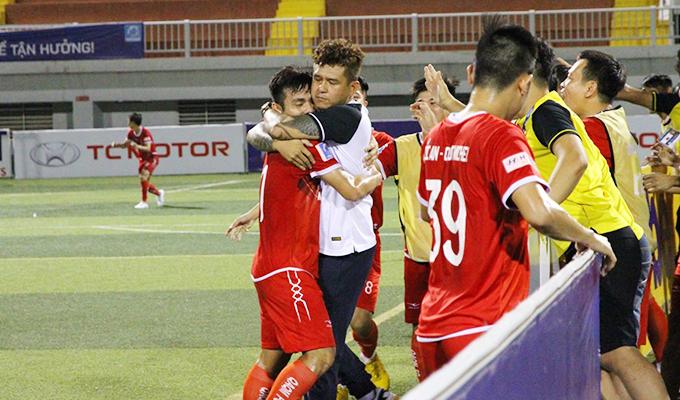 Quốc An Quốc Michel 2-0 Minh Cảnh Sài Gòn: Quà tặng từ cú xoay rubic